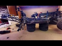 Traxxas Slash 4x4 Ultimate Boca Bearings 13 wheel carriers bearings installation (English)